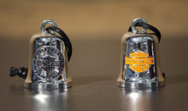 "Harley-Davidson clochette ""Lille-Europe"" métal chromé"